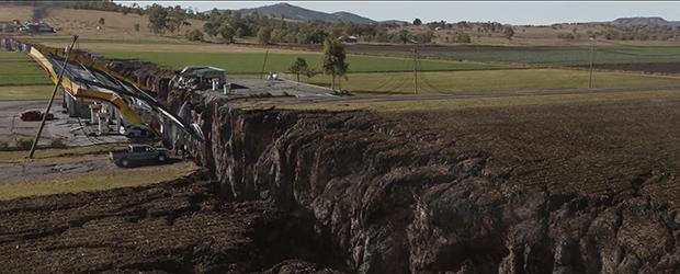 Teaser trailer for San Andreas, starring Dwayne Johnson.